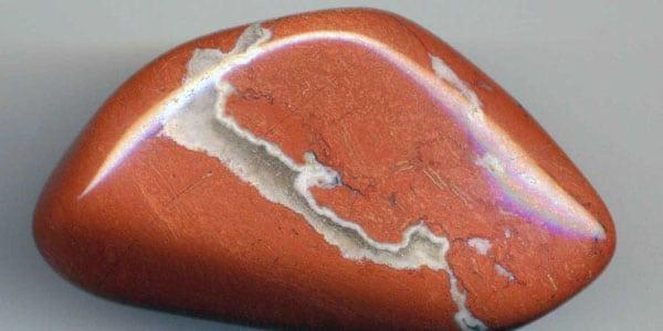 камень яшма крупным планом