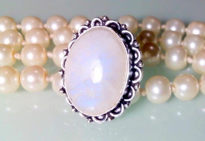 кольцо из камня адуляра
