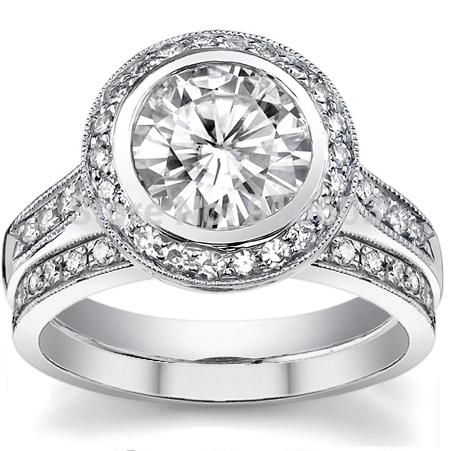 Кольцо с алмазам
