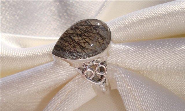 Кольцо с кварцом волосатиком